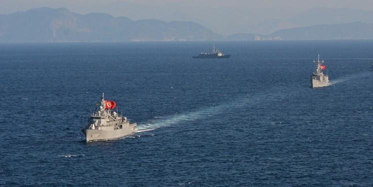 ترکیه دو کشتی جنگی خود را راهی الجزایر کرد