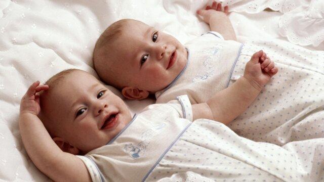 وزن دوقلوها در زمان تولد بر عملکرد تحصیلی آنان تأثیر دارد