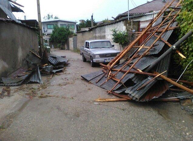 خبرنگاران توفان به 150 واحد مسکونی مازندران خسارت وارد کرد