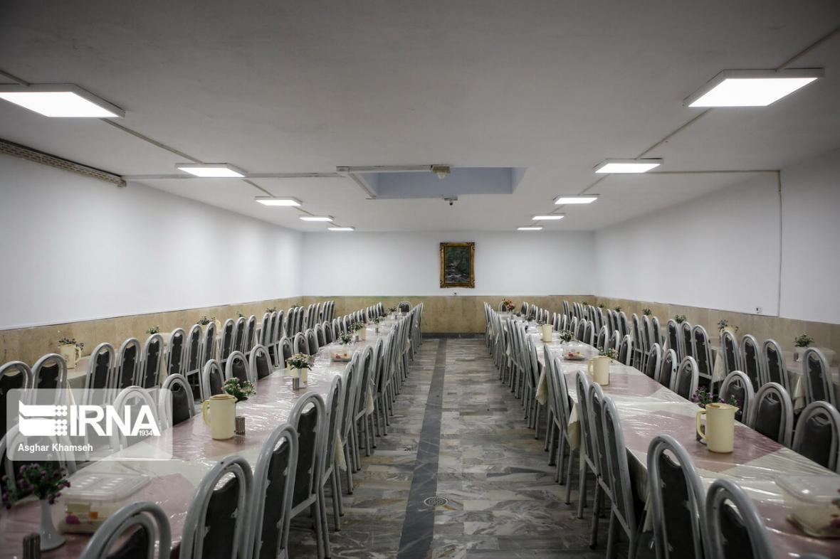خبرنگاران احتمال بازگشایی تالارهای پذیرایی از هفته آینده