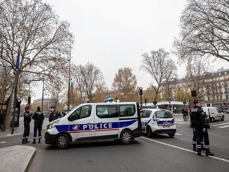فرانسه چهار دانش آموز را در ارتباط با حادثه تروریسی بازداشت کرد