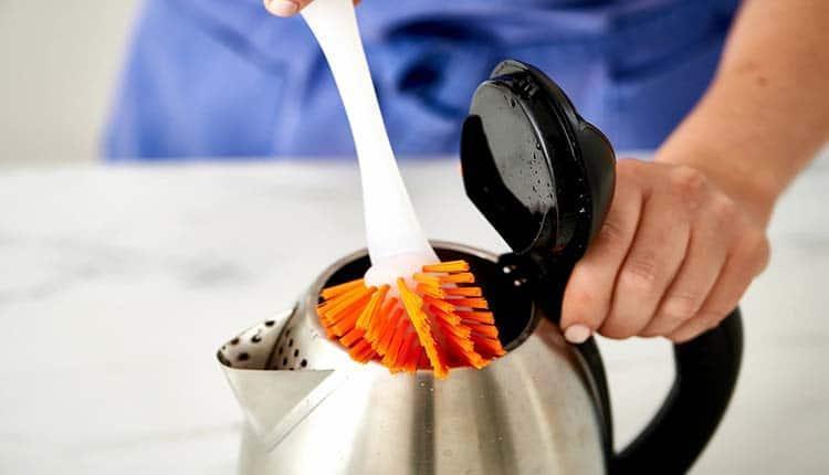 تمیز کردن رسوب کتری با 6 ترفند سریع، ارزان و معجزه گر