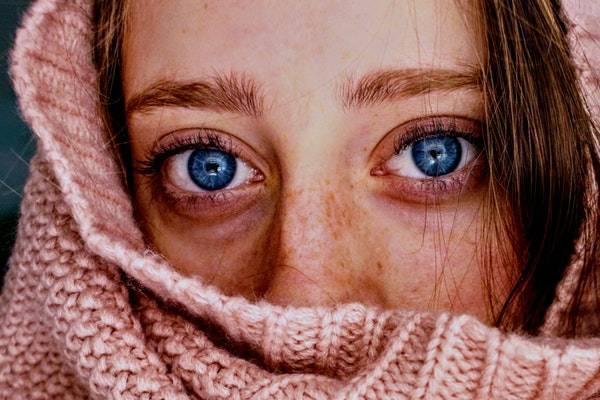 راه حل ای برای سیاهی و کبودی دور چشم