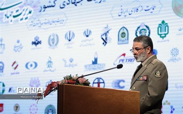 سرلشکر موسوی: نیروی هوایی ارتش در عرصه پهپادها به قدرتی کم نظیر تبدیل شده است