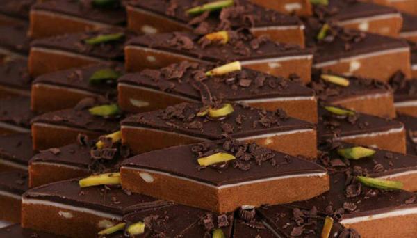 طرز تهیه برشتوک ساده و شکلاتی در منزل