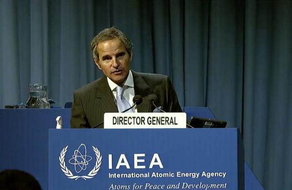 گروسی: موضوع بازرسی از تأسیسات ایران نباید اهرم چانه زنی شود، ایران به سلاح اتمی نزدیک شده است