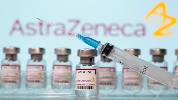 واکسن آسترازنکا ترجیحا به افراد زیر 50 سال تزریق نشود