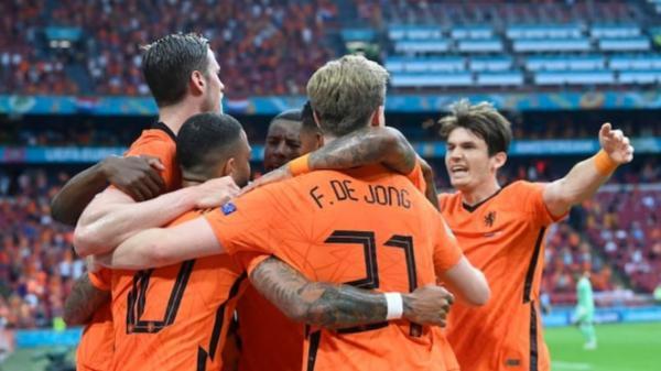 هلند 2 ، اتریش صفر، صعود لاله های نارنجی به مرحله حذفی یورو